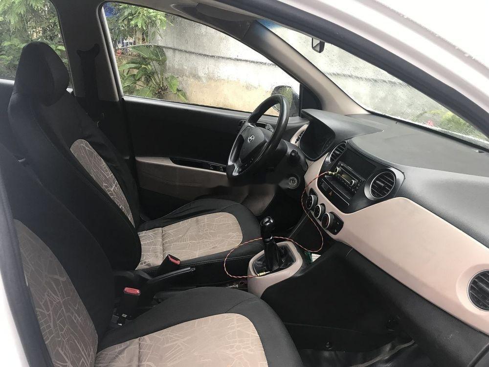 Bán Hyundai Grand i10 sản xuất 2015, màu trắng xe nguyên bản (6)