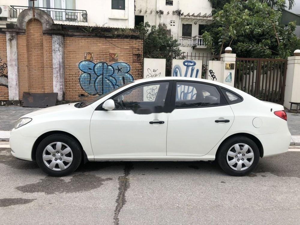 Cần bán xe Hyundai Elantra sản xuất 2012, màu trắng, nhập khẩu chính hãng (6)