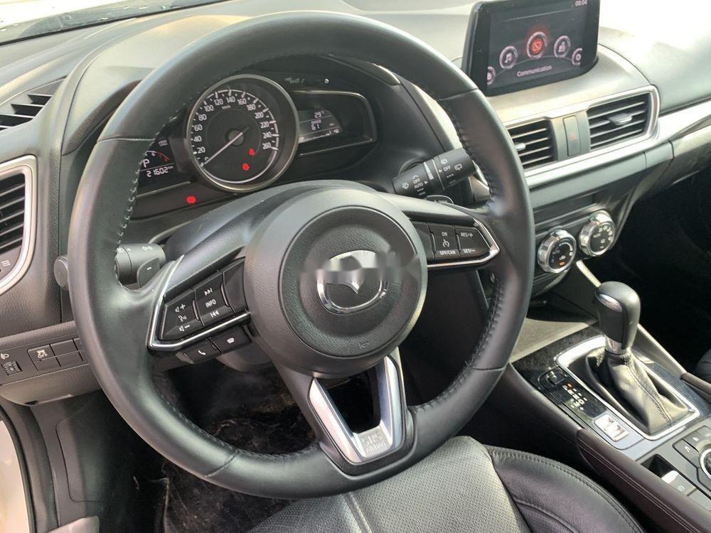 Bán ô tô Mazda 3 đời 2017, màu trắng, bao test đâm đụng thuỷ kích (4)