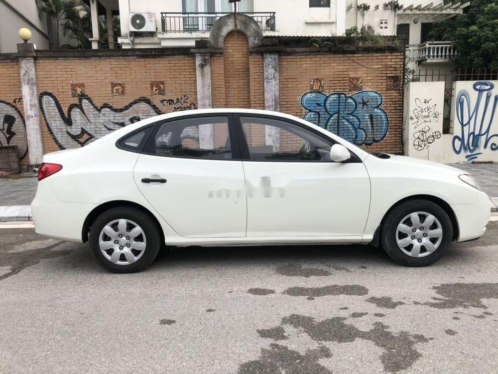 Cần bán xe Hyundai Elantra sản xuất 2012, màu trắng, nhập khẩu chính hãng (12)