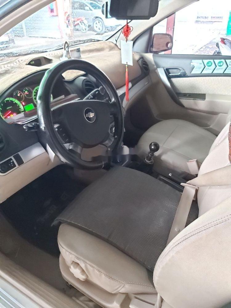 Bán ô tô Chevrolet Aveo đời 2017, màu trắng, nhập khẩu nguyên chiếc, giá tốt (4)