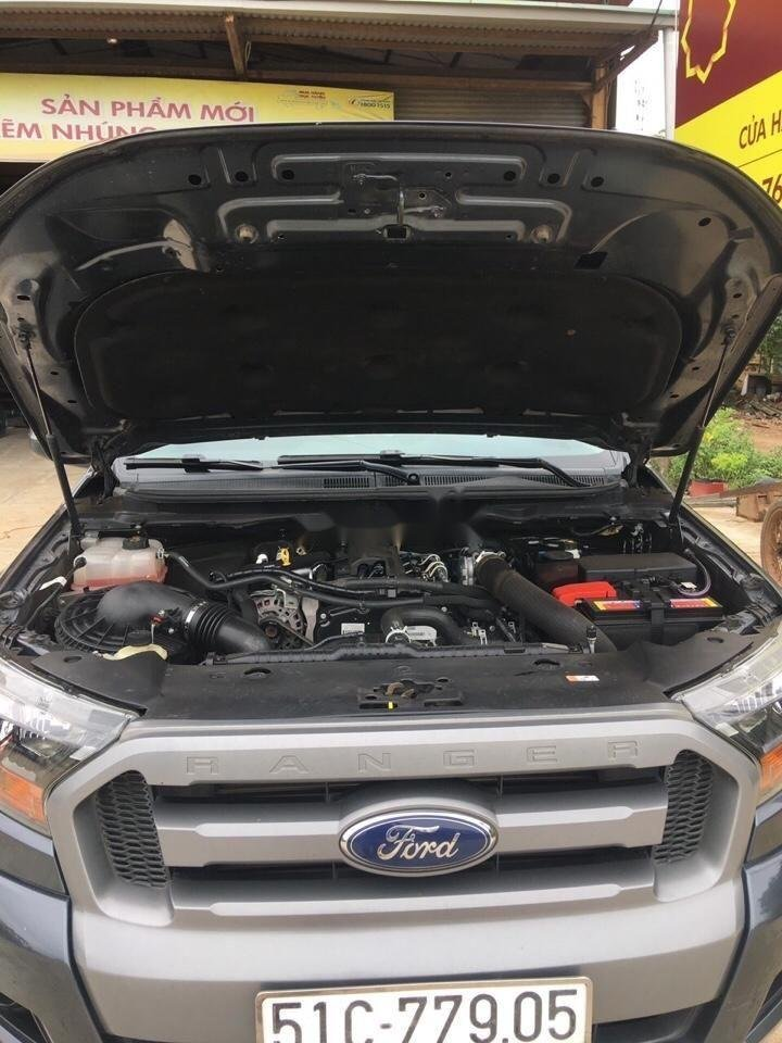 Bán xe Ford Ranger sản xuất năm 2016, màu xám xe gia đình, xe nguyên bản (2)