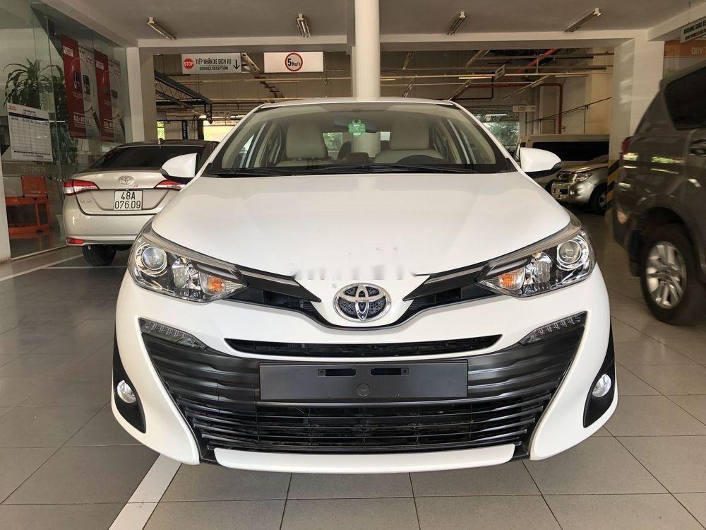 Cần bán xe Toyota Vios năm sản xuất 2019, màu trắng, giá tốt (1)