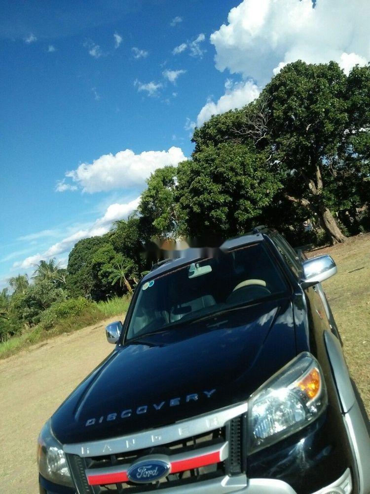 Cần bán gấp Ford Ranger, màu đen, nhập khẩu chính hãng (1)