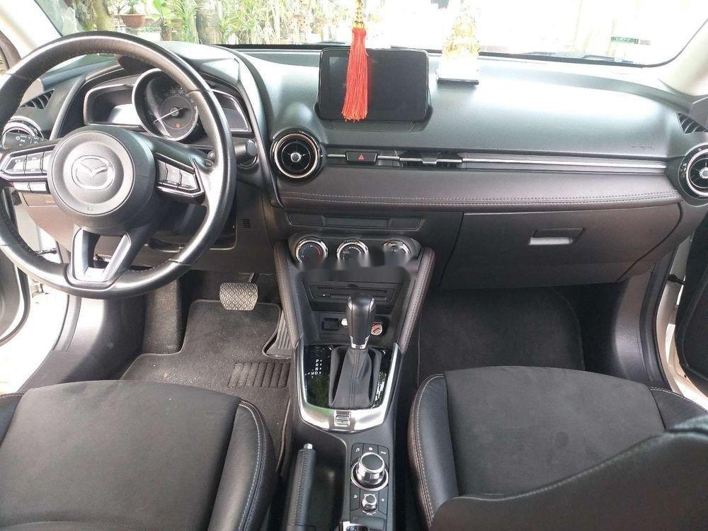 Cần bán lại xe Mazda 2 đời 2018, màu trắng, xe nhập chính hãng (8)