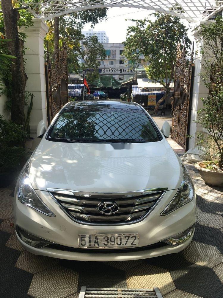 Cần bán Hyundai Sonata sản xuất năm 2012, màu trắng, nhập khẩu (1)