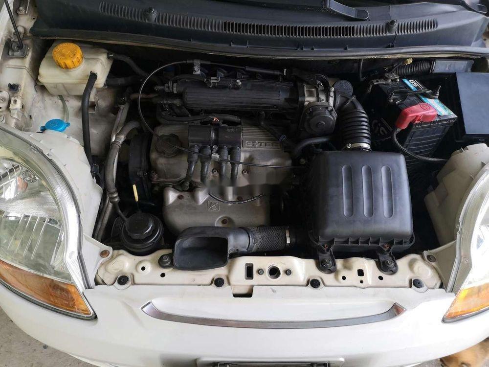 Cần bán Chevrolet Spark 2009, màu trắng, nhập khẩu, xe gia đình (5)