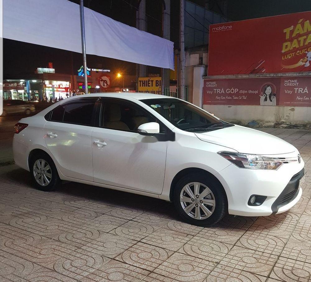 Cần bán xe Toyota Vios AT sản xuất 2017, màu trắng ít sử dụng, 457 triệu (1)