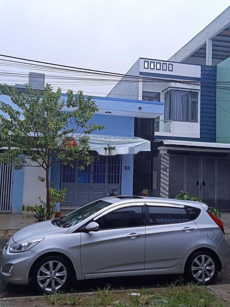 Cần bán Hyundai Accent đời 2015, màu bạc, nhập khẩu  (2)