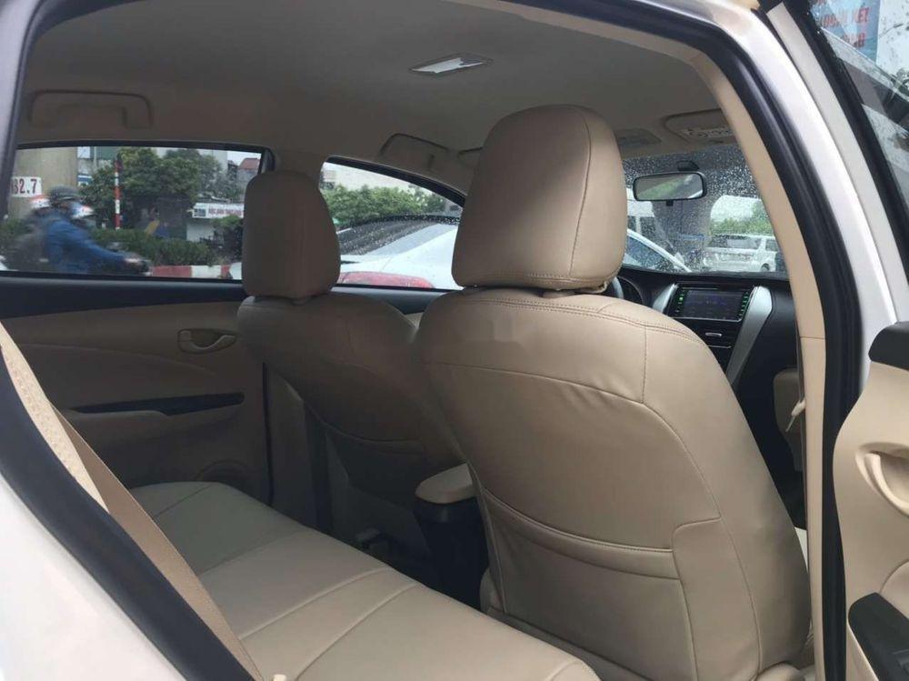 Bán ô tô Toyota Vios đời 2019, màu trắng, số sàn, giá tốt (10)