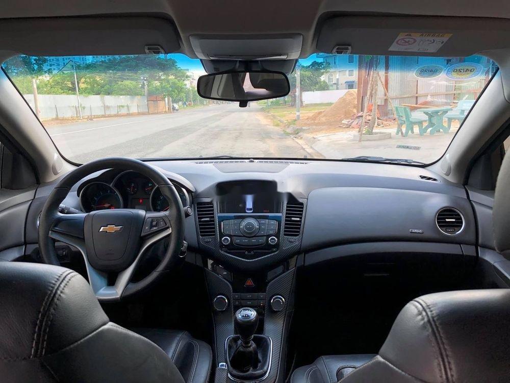 Bán ô tô Chevrolet Cruze sản xuất 2018, xe nguyên bản (4)