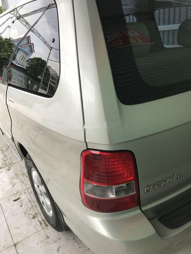 Bán ô tô Kia Carnival đời 2009, xe đẹp, số tự động (4)