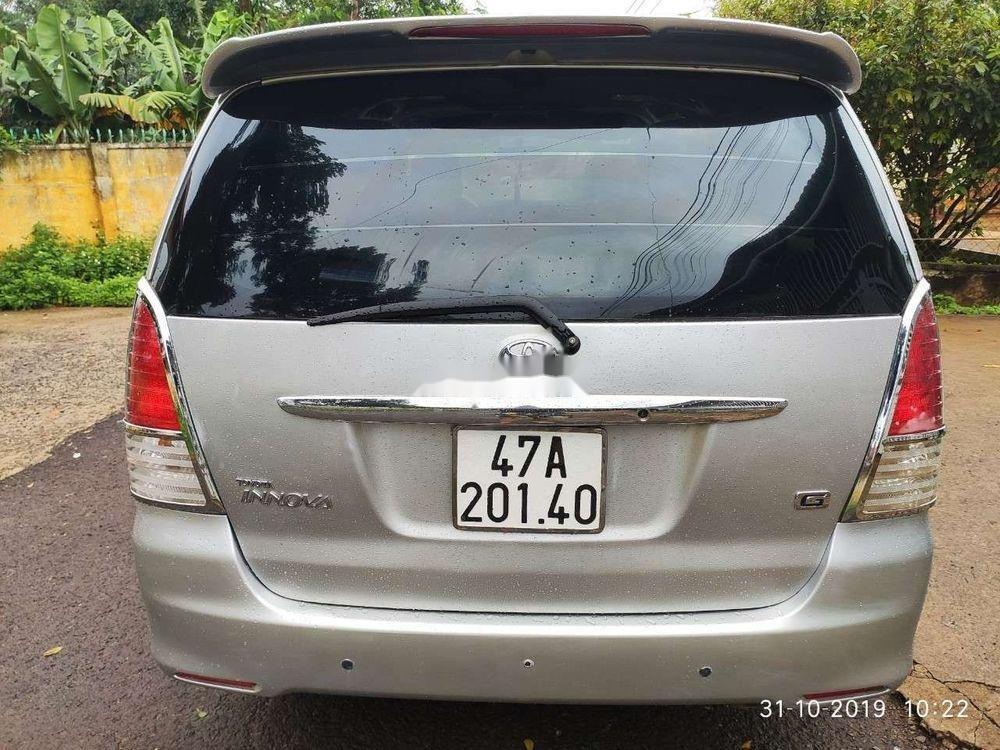 Bán Toyota Innova sản xuất năm 2009, màu bạc, chính chủ, 310 triệu (4)