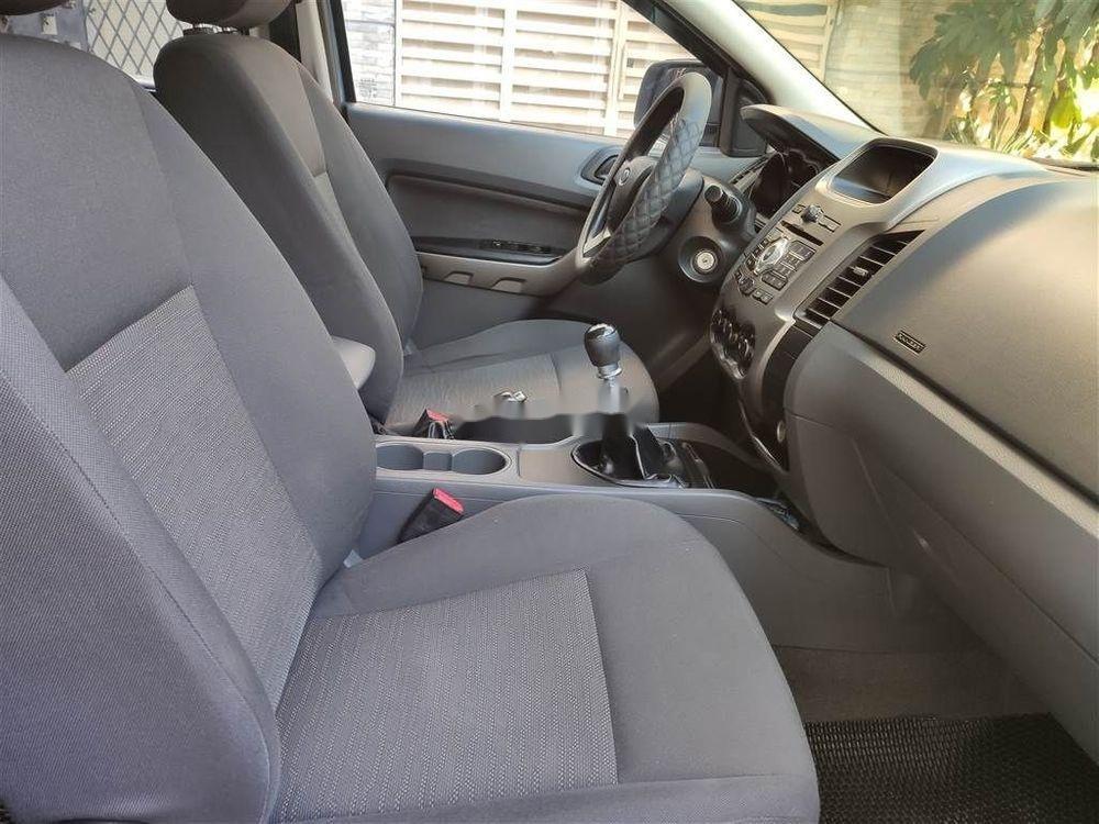 Cần bán xe Ford Ranger XLS MT 2015, màu xanh lam, nhập khẩu nguyên chiếc  (5)