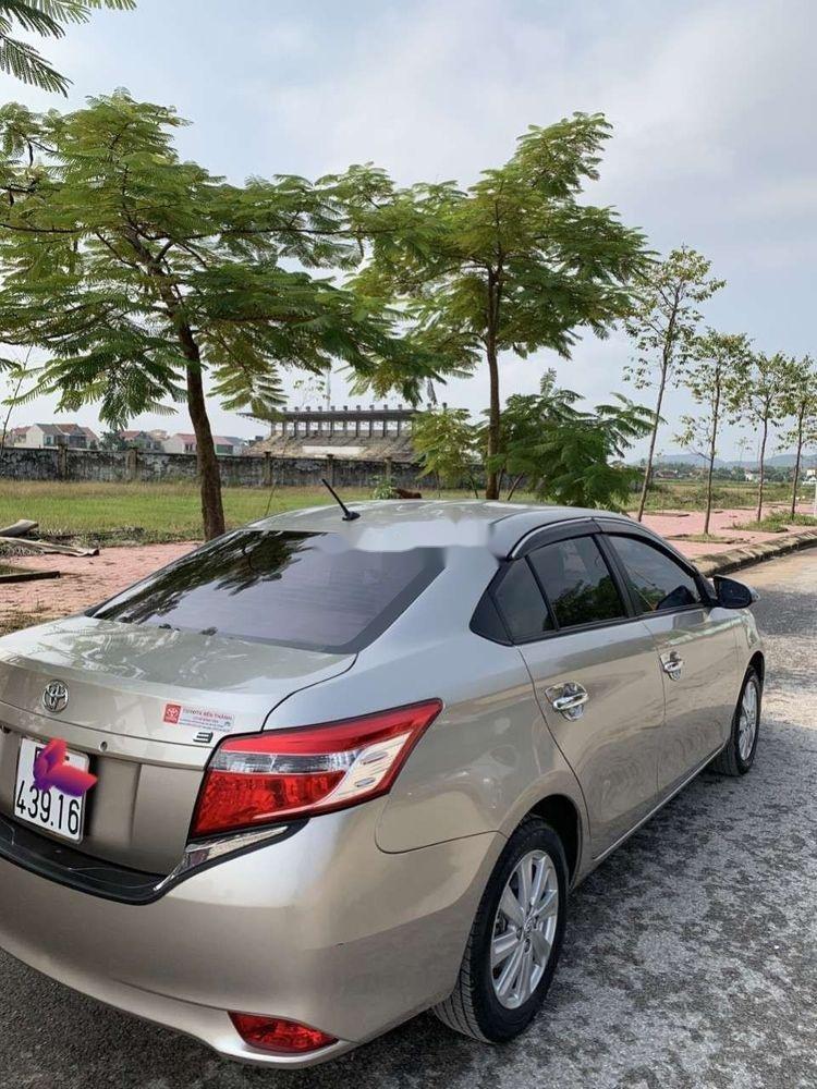 Bán Toyota Vios đời 2016, màu vàng, xe gia đình (4)