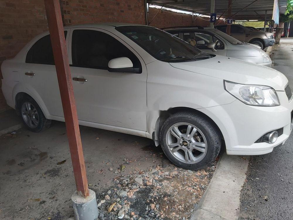 Bán ô tô Chevrolet Aveo đời 2017, màu trắng, nhập khẩu nguyên chiếc, giá tốt (3)