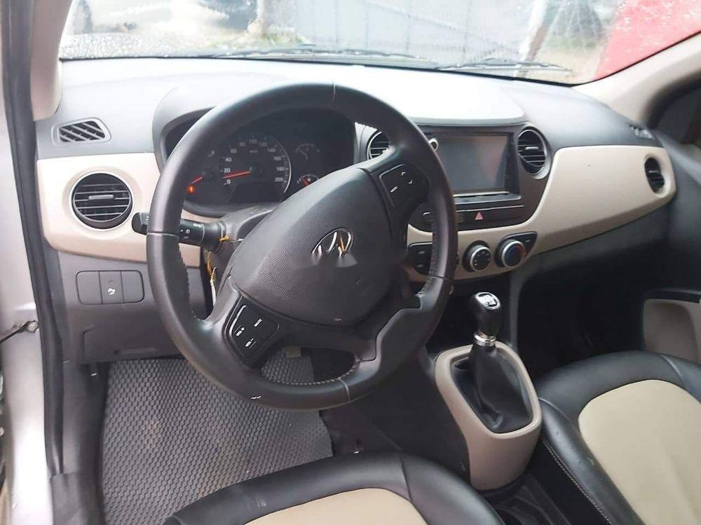 Bán Hyundai Grand i10 đời 2017, màu bạc, chính chủ, giá tốt (4)