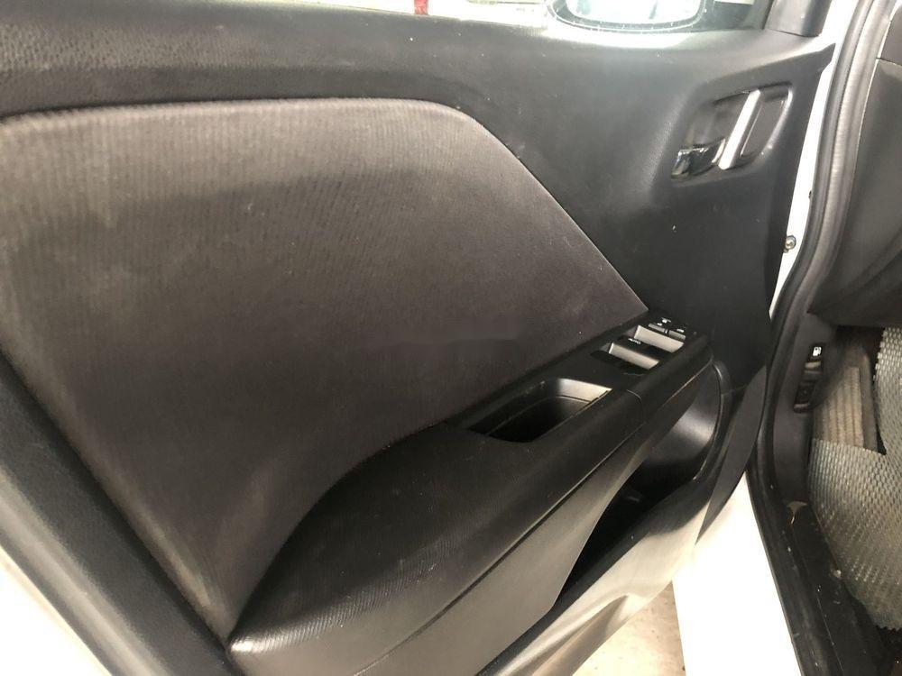 Cần bán lại xe Honda City 2017, màu trắng, giá tốt (6)
