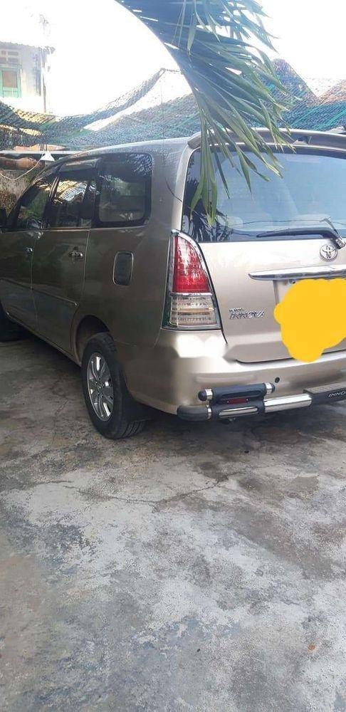 Cần bán Toyota Innova MT đời 2010, 378 triệu (1)