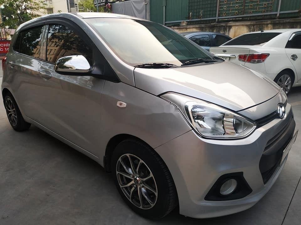 Cần bán Hyundai Grand i10 đời 2015, màu bạc, nhập khẩu nguyên chiếc (2)