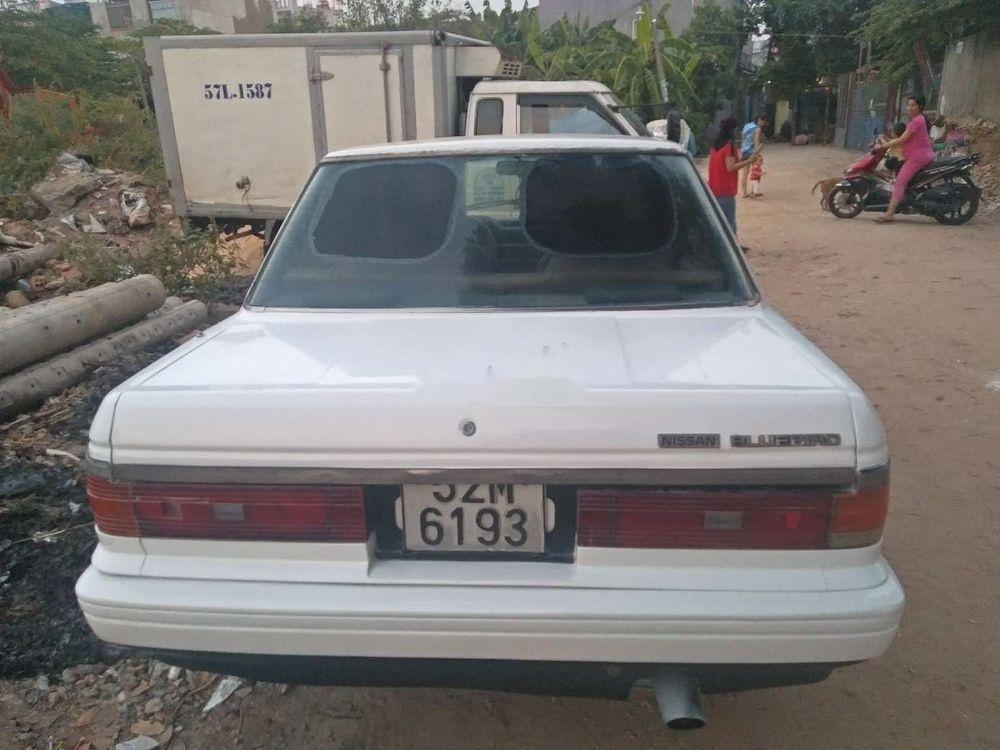 Bán xe Nissan Bluebird đời 1986, màu trắng, 32 triệu (4)