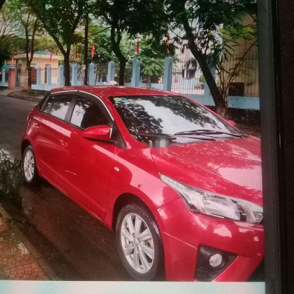 Cần bán gấp Toyota Yaris năm 2014, màu đỏ, xe nhập (6)