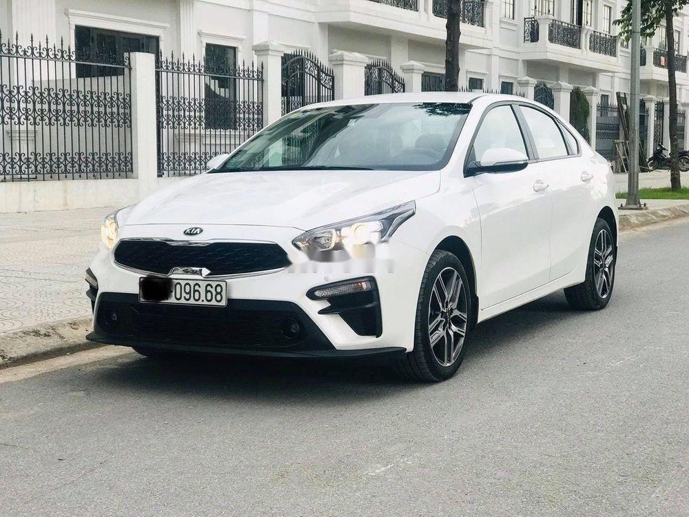Cần bán gấp Kia Cerato 1.6MT đời 2019, màu trắng, giá 555Tr (7)