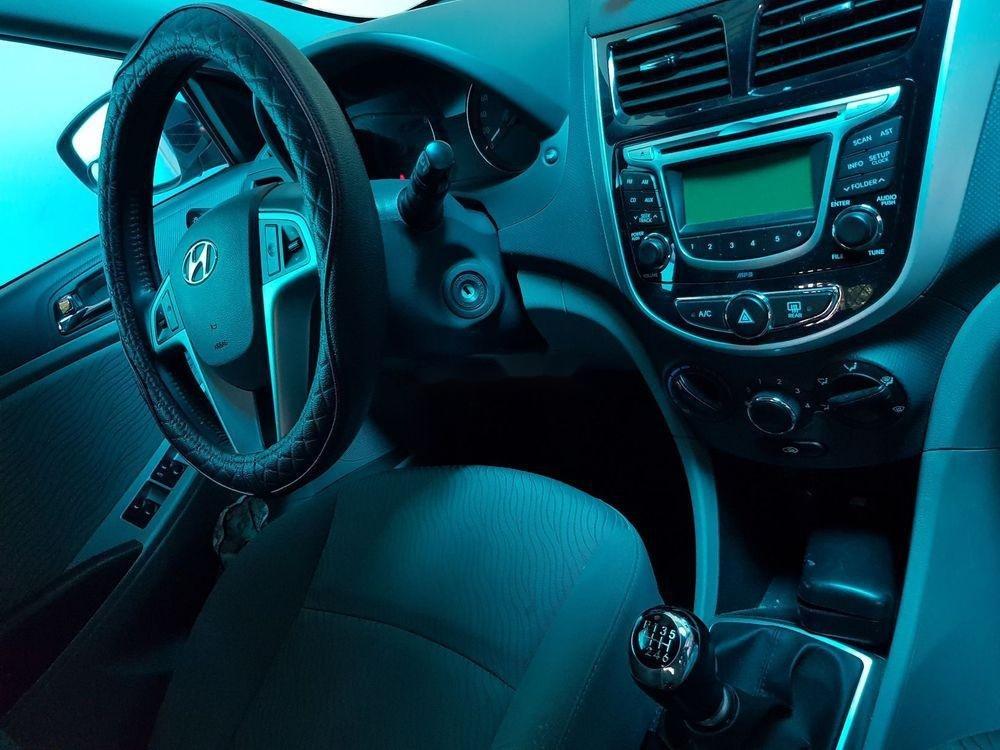 Bán ô tô Hyundai Accent sản xuất 2014, xe nguyên bản (6)