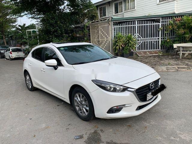 Bán ô tô Mazda 3 đời 2017, màu trắng, bao test đâm đụng thuỷ kích (1)