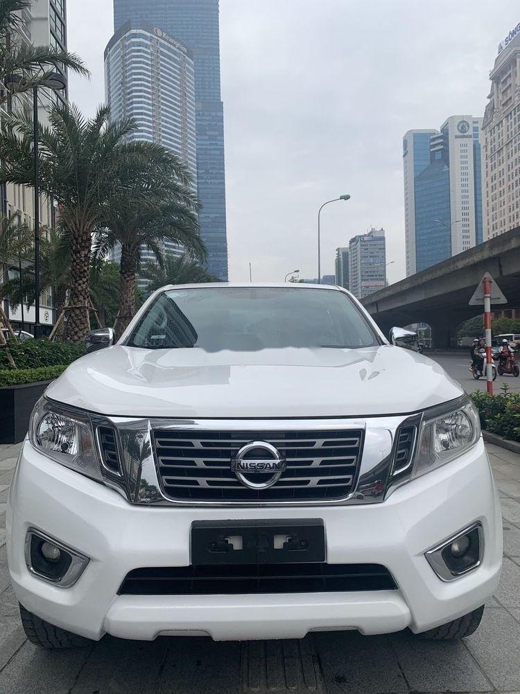 Bán Nissan Navara sản xuất 2016, màu trắng, nhập khẩu nguyên chiếc chính hãng (1)