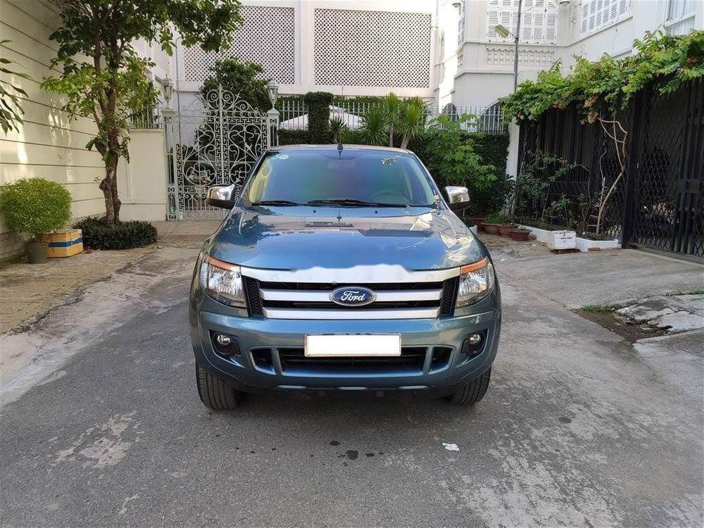 Cần bán xe Ford Ranger XLS MT 2015, màu xanh lam, nhập khẩu nguyên chiếc  (2)