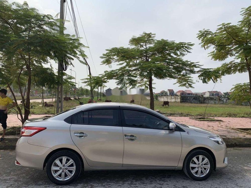 Bán Toyota Vios đời 2016, màu vàng, xe gia đình (6)