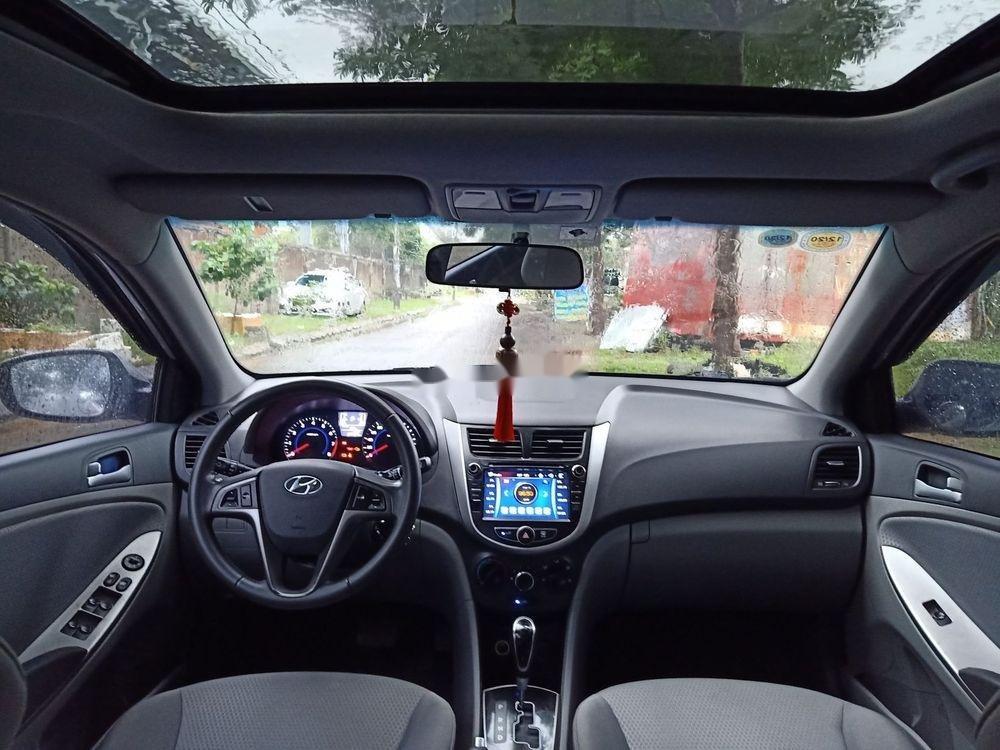 Cần bán Hyundai Accent đời 2015, màu bạc, nhập khẩu  (4)