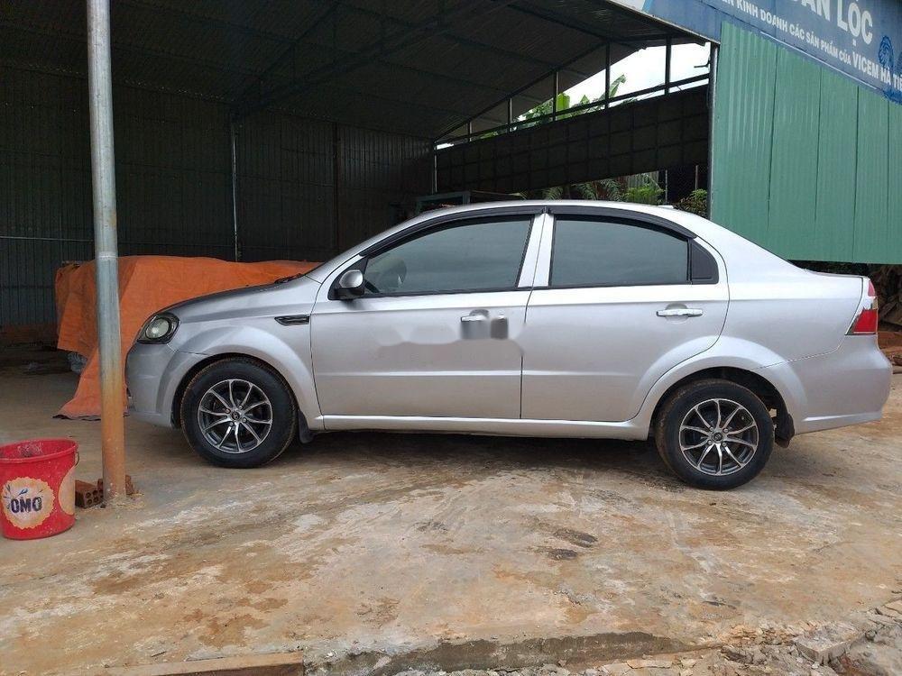 Bán Daewoo Gentra đời 2010, màu bạc, xe nhập (2)