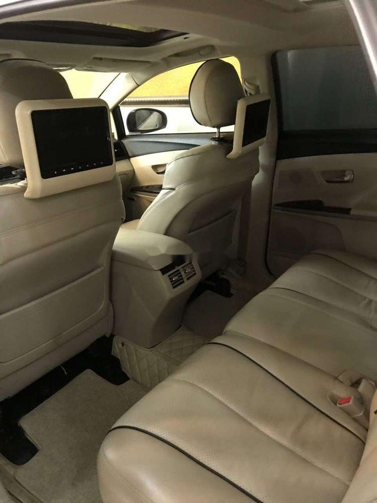 Cần bán lại Toyota Venza sản xuất năm 2009, màu trắng, nhập khẩu (9)