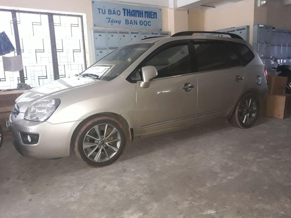 Bán ô tô cũ Kia Carens sản xuất năm 2009, màu vàng cát, 320 triệu (1)