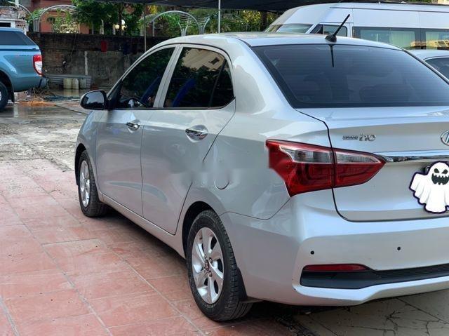 Bán Hyundai Grand i10 đời 2017, màu bạc, chính chủ, giá tốt (2)