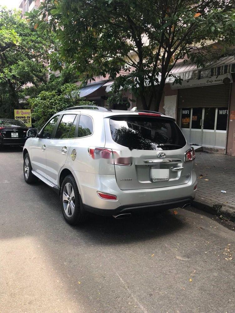 Cần bán Hyundai Santa Fe đời 2011, màu bạc, xe nhập, số tự động (3)