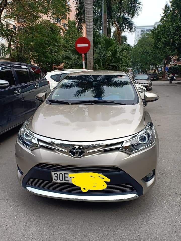 Cần bán Toyota Vios đời 2016, màu vàng còn mới giá cạnh tranh (1)