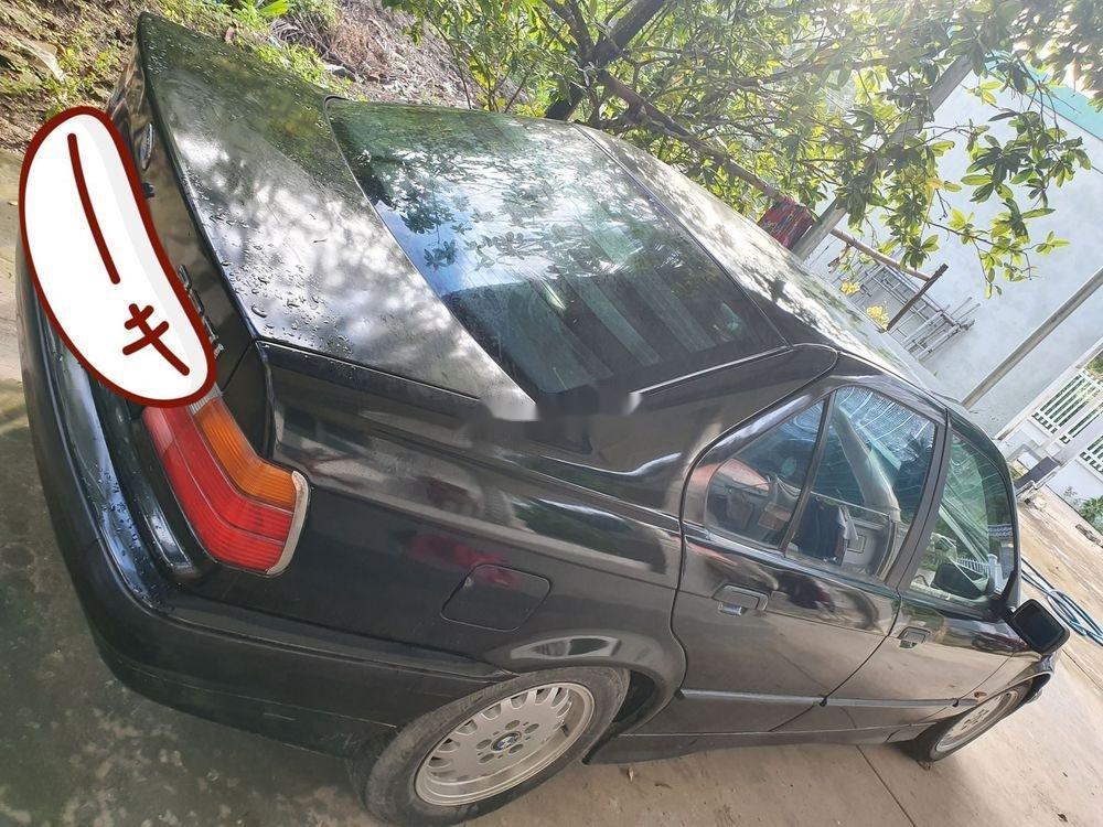 Bán ô tô BMW 320i sản xuất 2001, màu đen, xe nhập chính chủ (2)