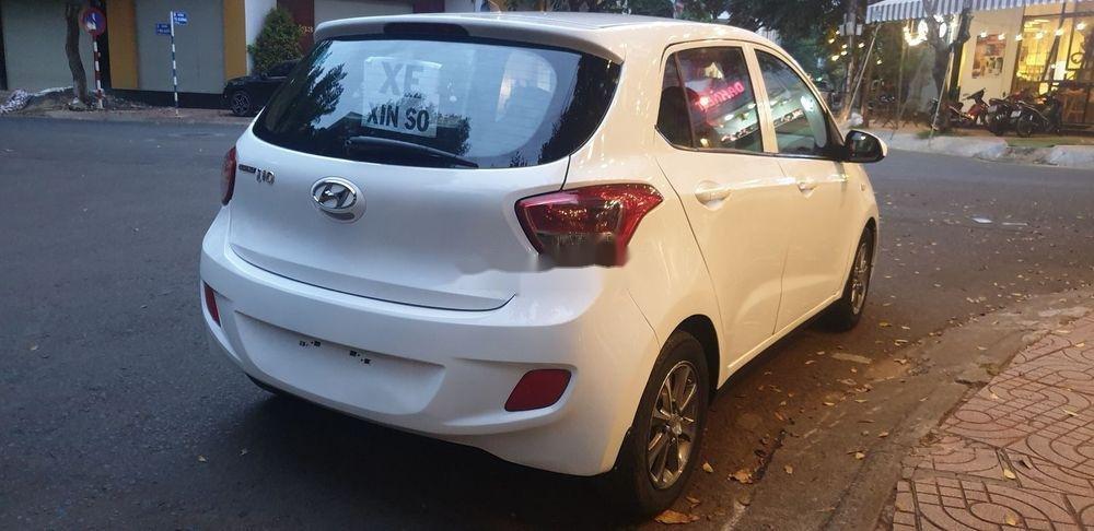 Bán Hyundai Grand i10 sản xuất 2015, màu trắng xe nguyên bản (4)