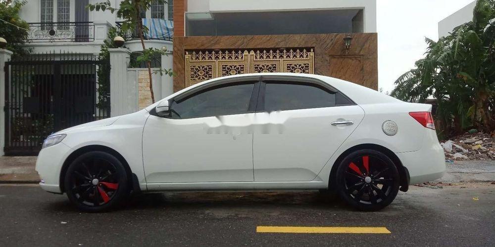Bán xe Kia Forte năm 2011, màu trắng như mới (9)