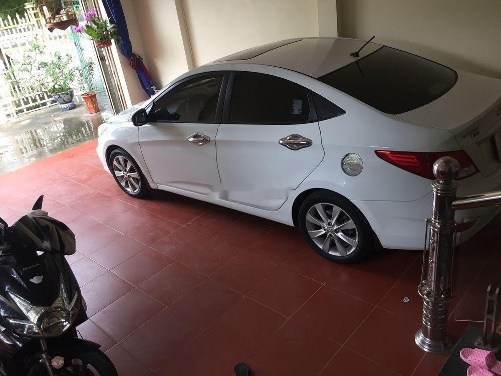 Cần bán xe Hyundai Accent đời 2015, xe nguyên bản (4)