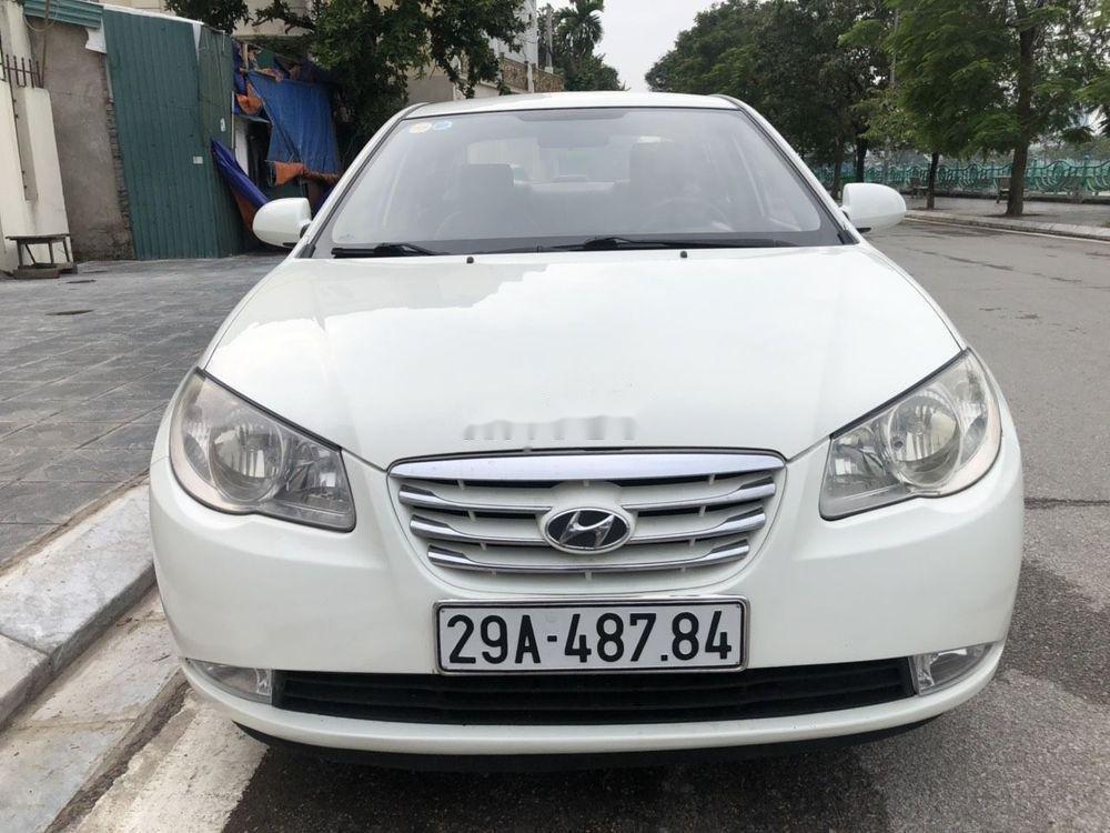 Cần bán xe Hyundai Elantra sản xuất 2012, màu trắng, nhập khẩu chính hãng (1)