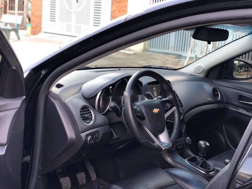 Bán ô tô Chevrolet Cruze sản xuất 2018, xe nguyên bản (5)