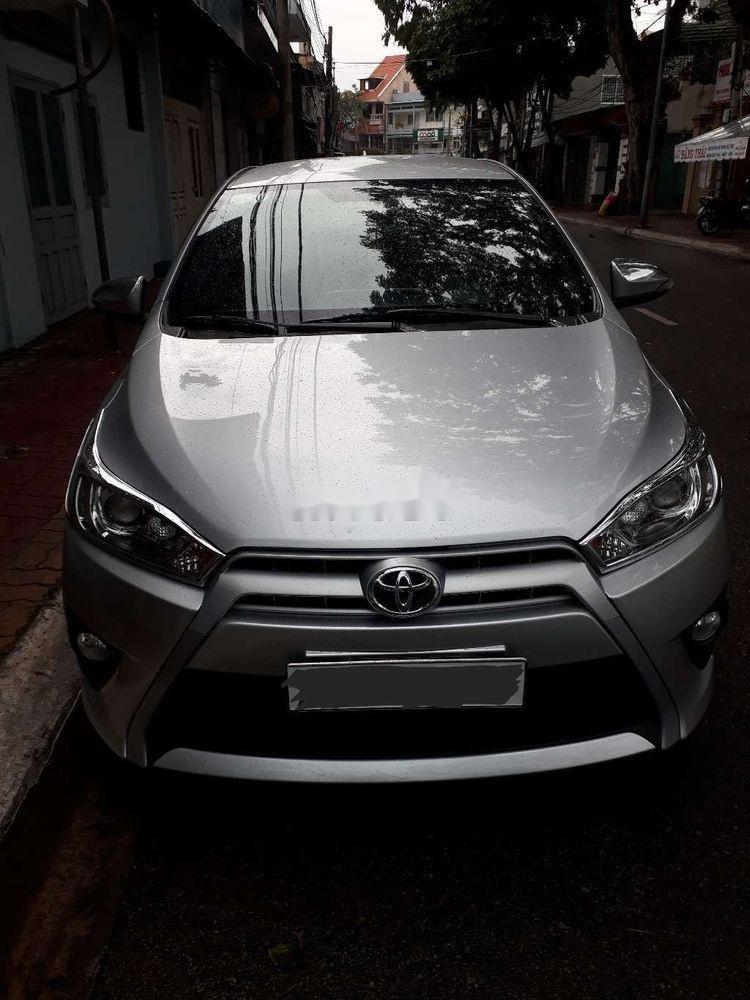 Bán ô tô Toyota Yaris sản xuất năm 2015, màu bạc, xe nhập chính hãng (1)