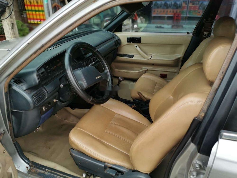 Cần bán xe Toyota Camry đời 1986, màu bạc, nhập khẩu, giá 45tr (6)
