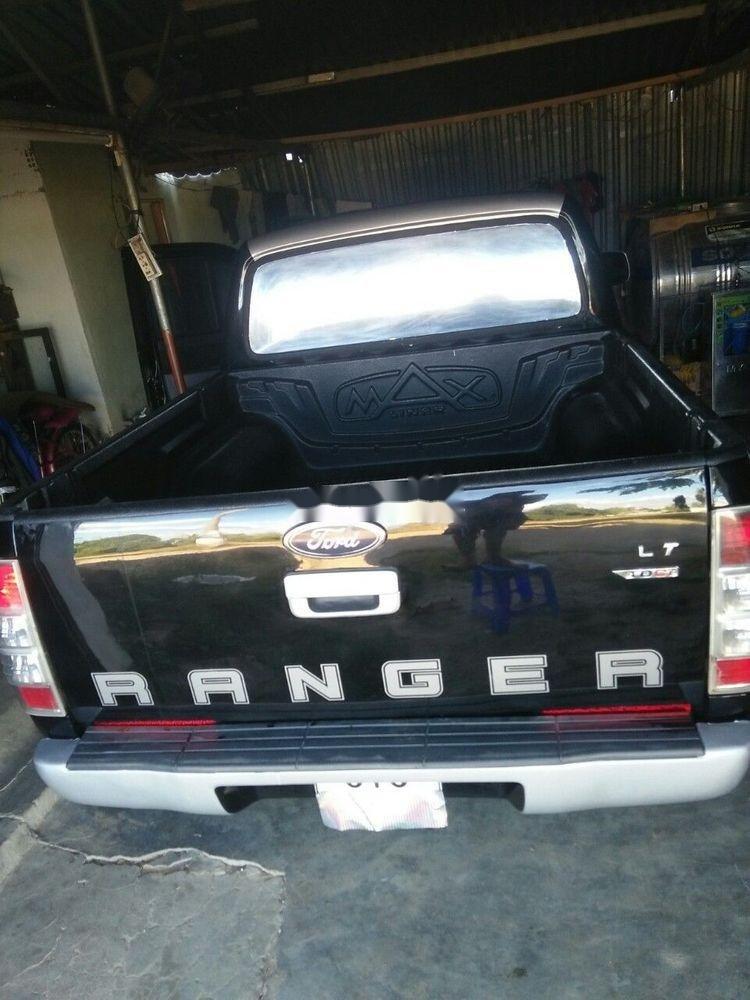 Cần bán gấp Ford Ranger, màu đen, nhập khẩu chính hãng (5)
