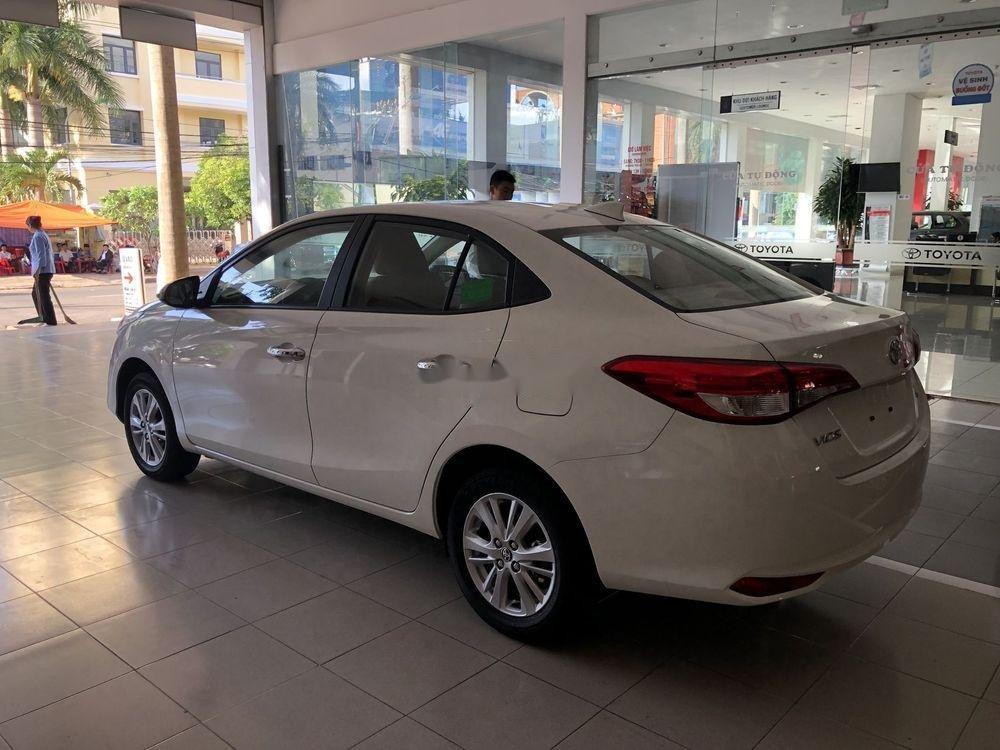 Cần bán xe Toyota Vios năm sản xuất 2019, màu trắng, giá tốt (5)
