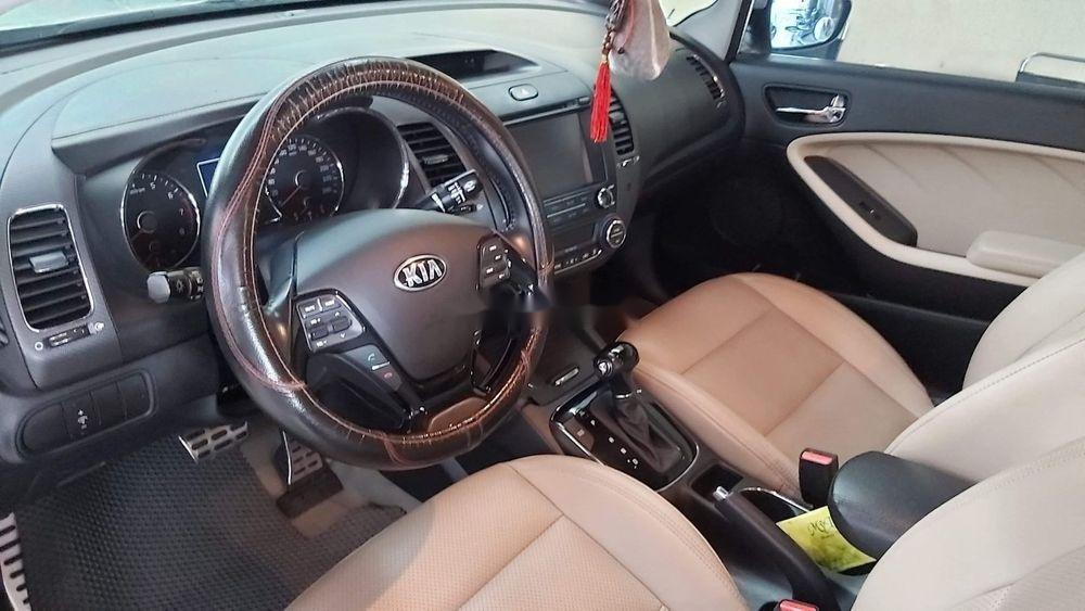 Bán xe Kia Cerato sản xuất 2017, nhập khẩu chính hãng, giá bán 540tr (2)